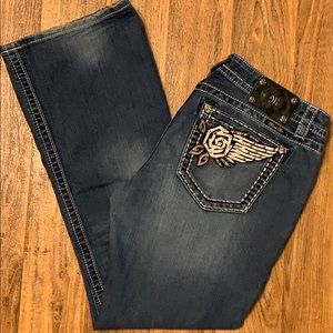 Miss Me signature rise bootcut stretchy jeans